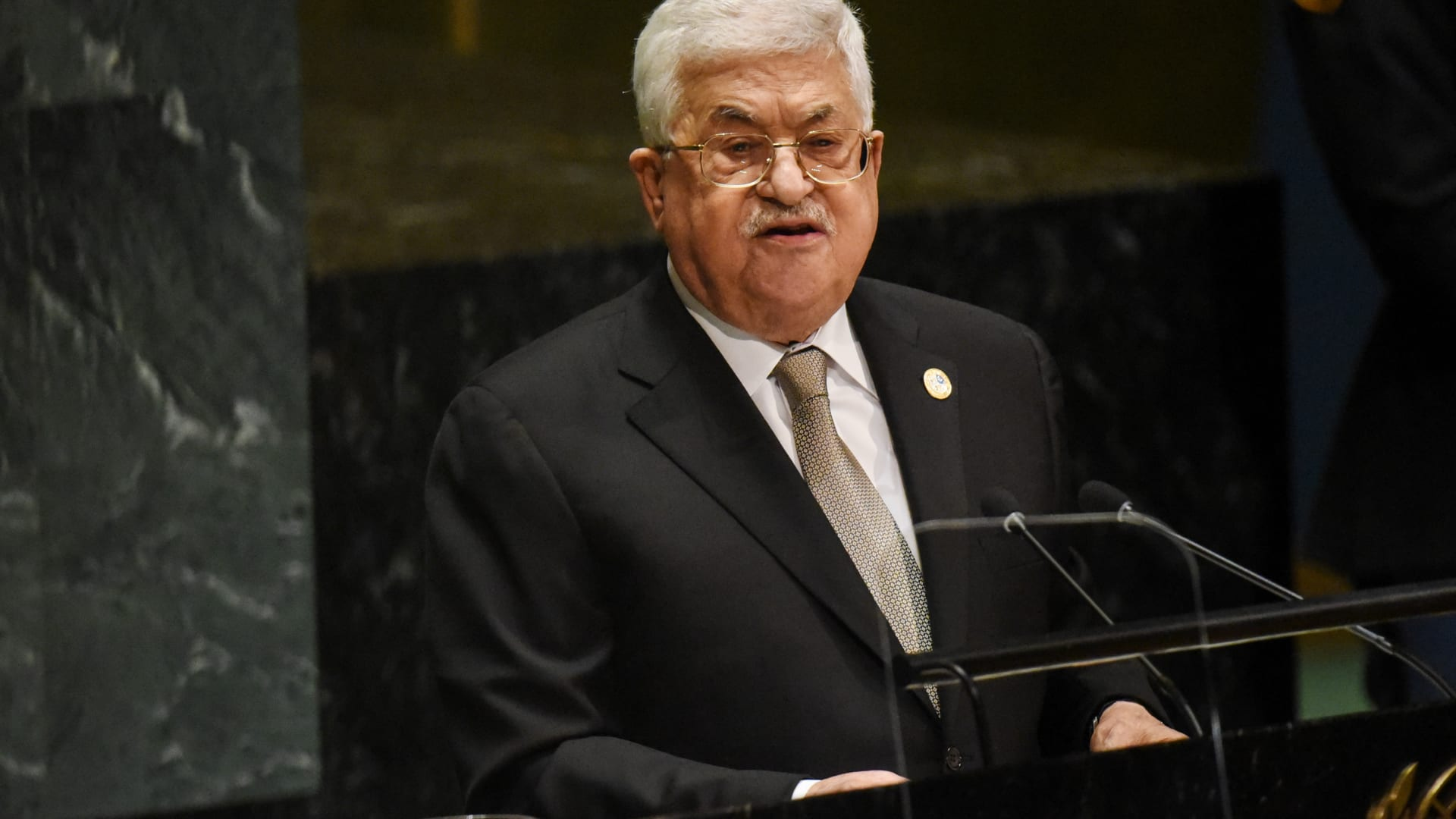 محمود عباس يستقبل رئيس الكونغرس اليهودي العالمي في رام الله