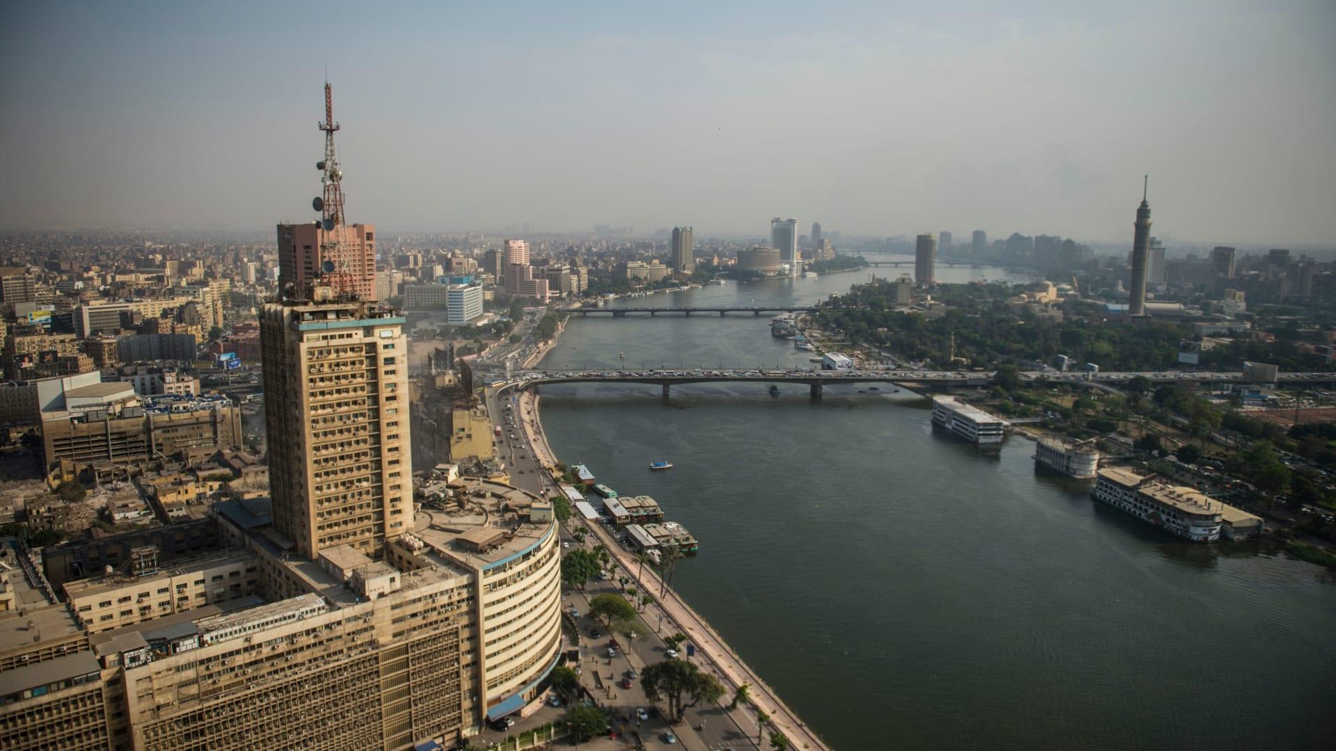 """وزير الإعلام المصري: اتهامي بالانتماء لـ""""فصيل ما"""" كلام فارغ.. ومستقبل الصحافة أولوية"""