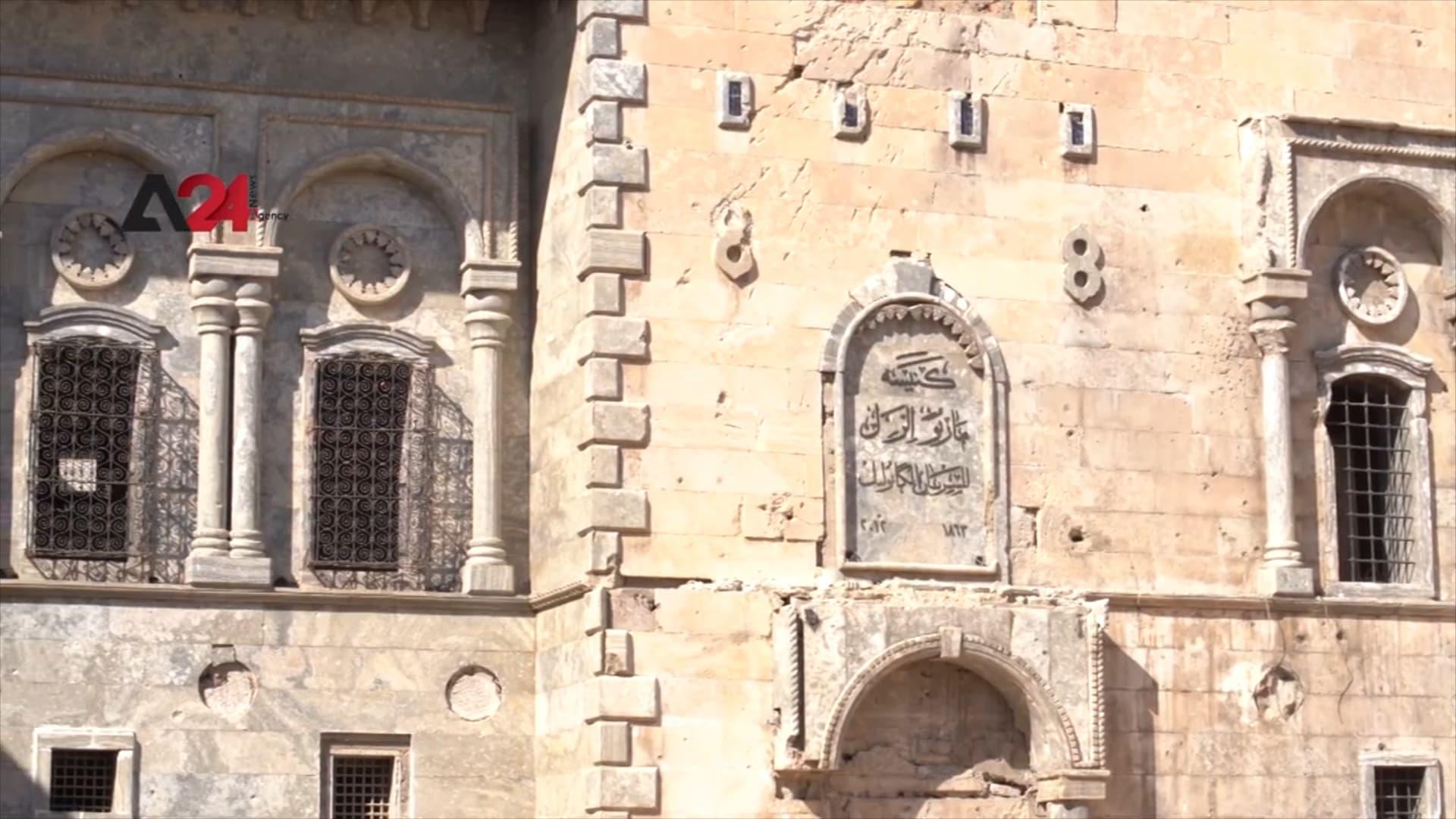 عراقيون مسلمون يعيدون الحياة بكنسية مارتوما لتشجيع عودة المسيحيين
