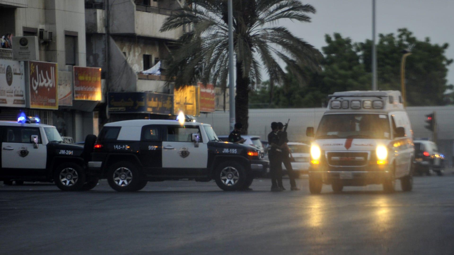 صورة أرشيفية لعناصر بالشرطة السعودية في جدة