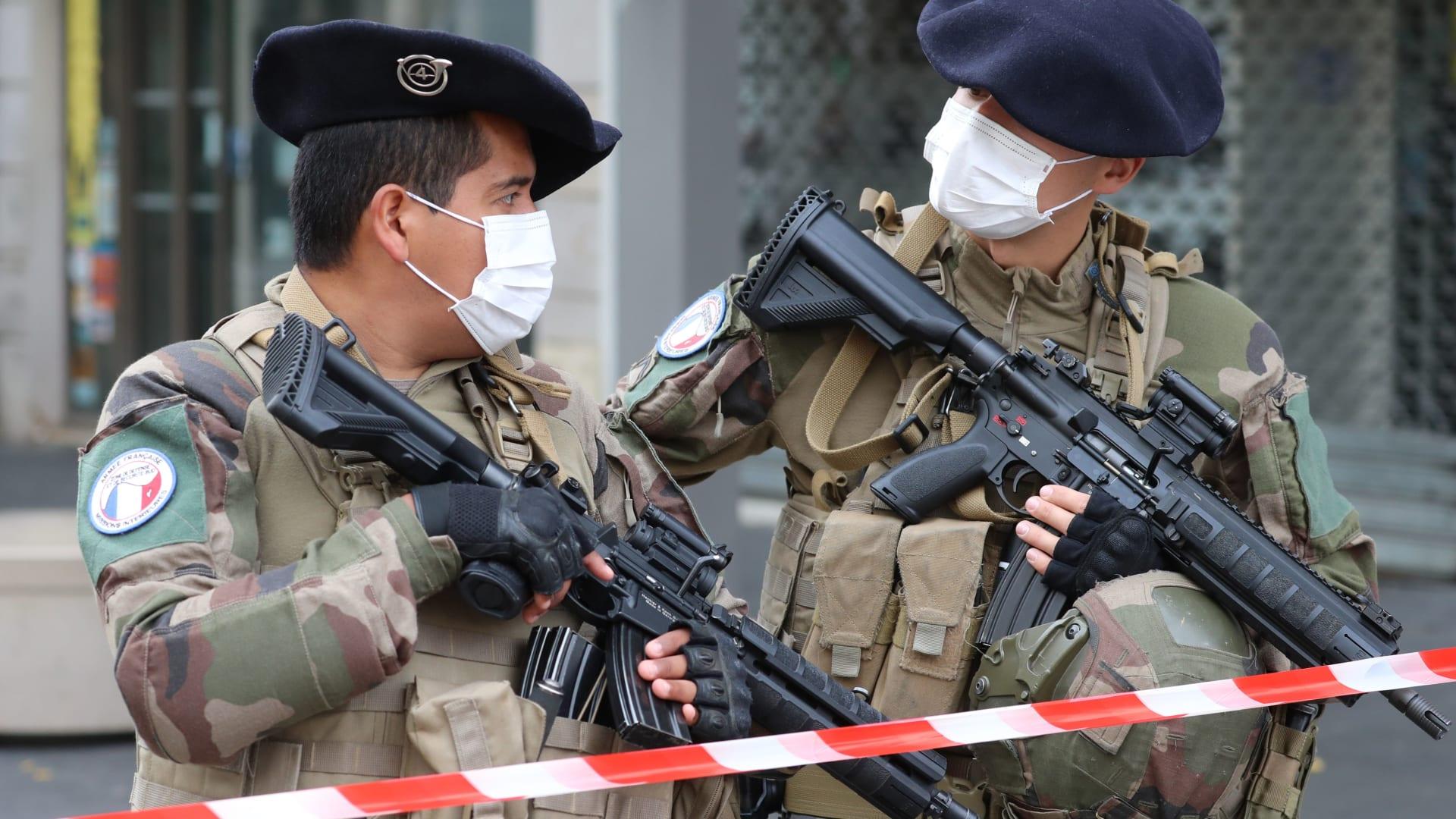 مجلس مسلمي فرنسا يدعو لإلغاء احتفالات المولد النبوي بعد هجوم نيس