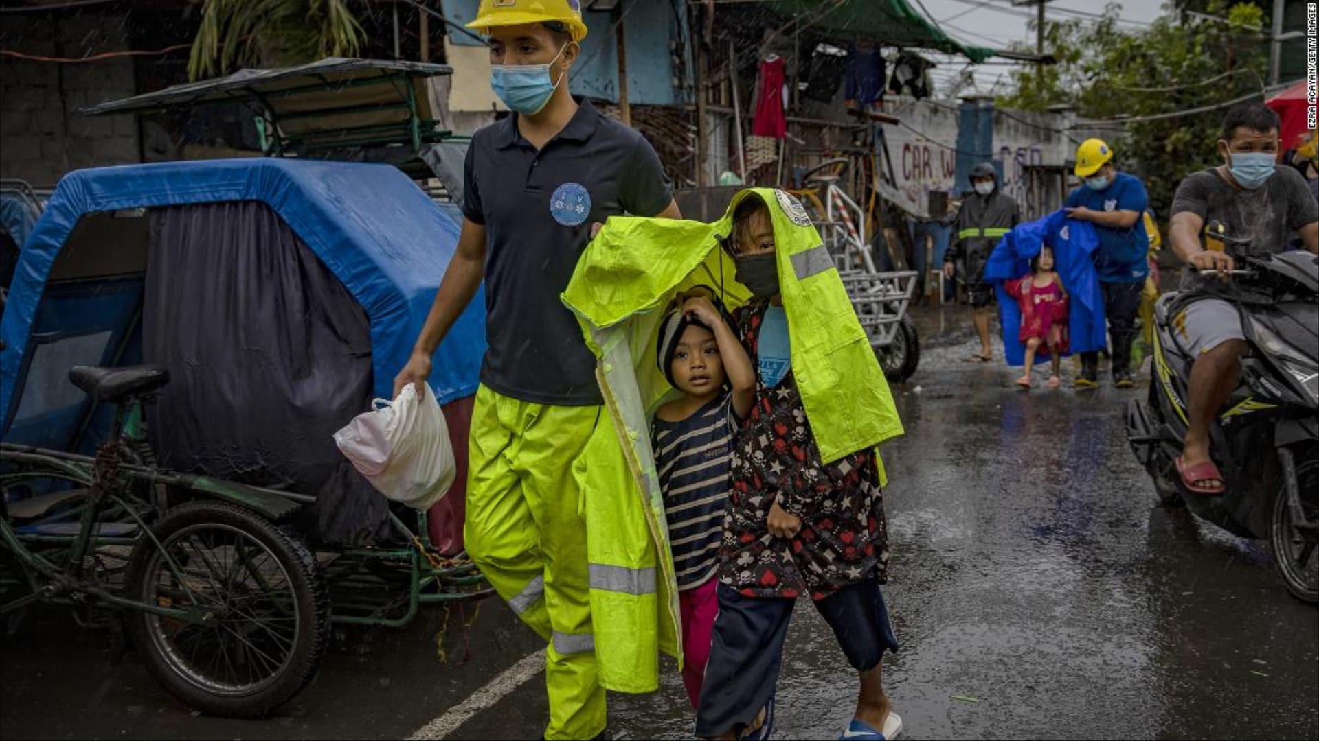 دمار ومعاناة.. إعصار غوني يضرر أكثر من مليونين شخصاً