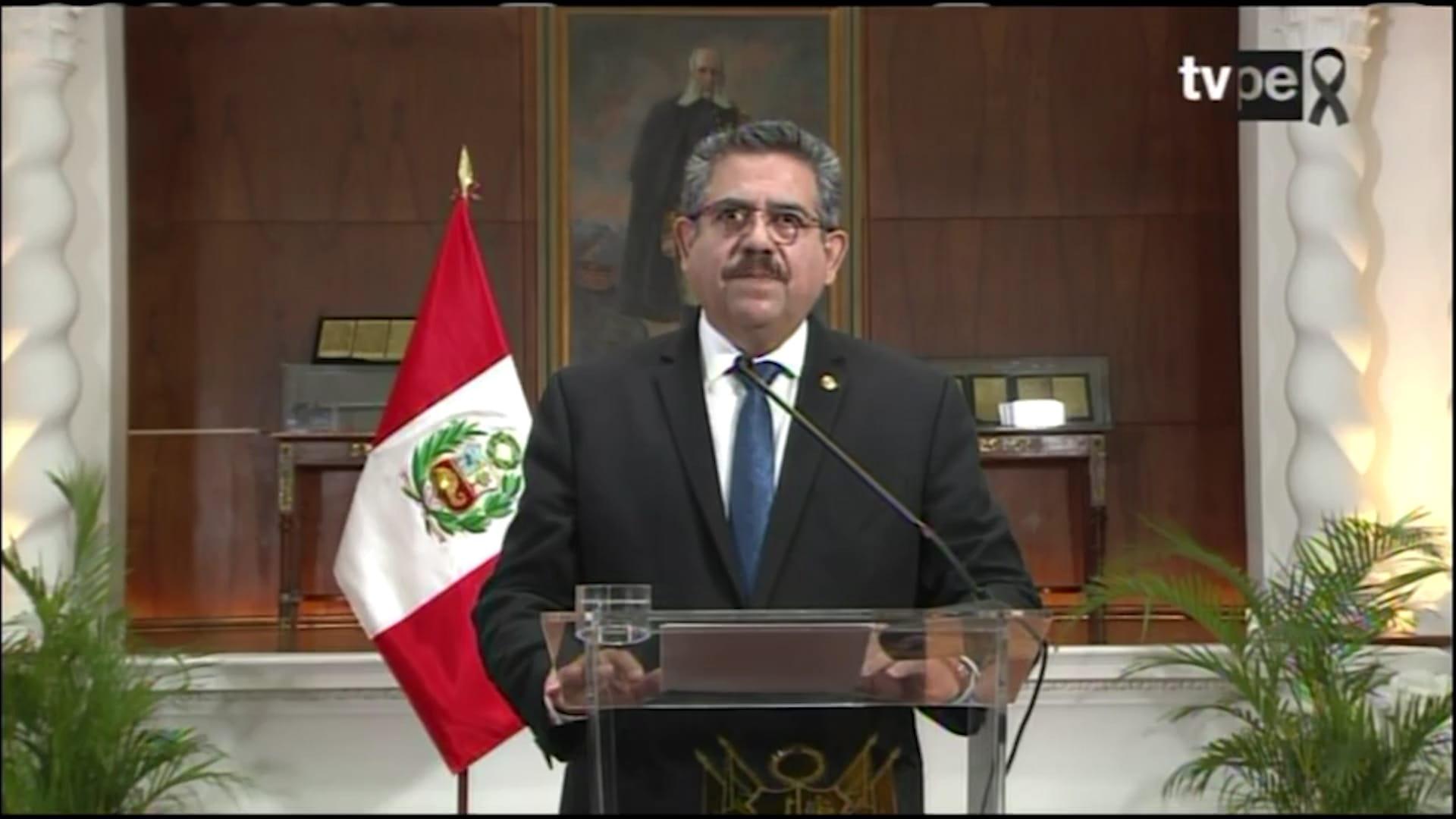 بعد 5 أيام فقط من توليه المنصب.. رئيس بيرو يقدم استقالته