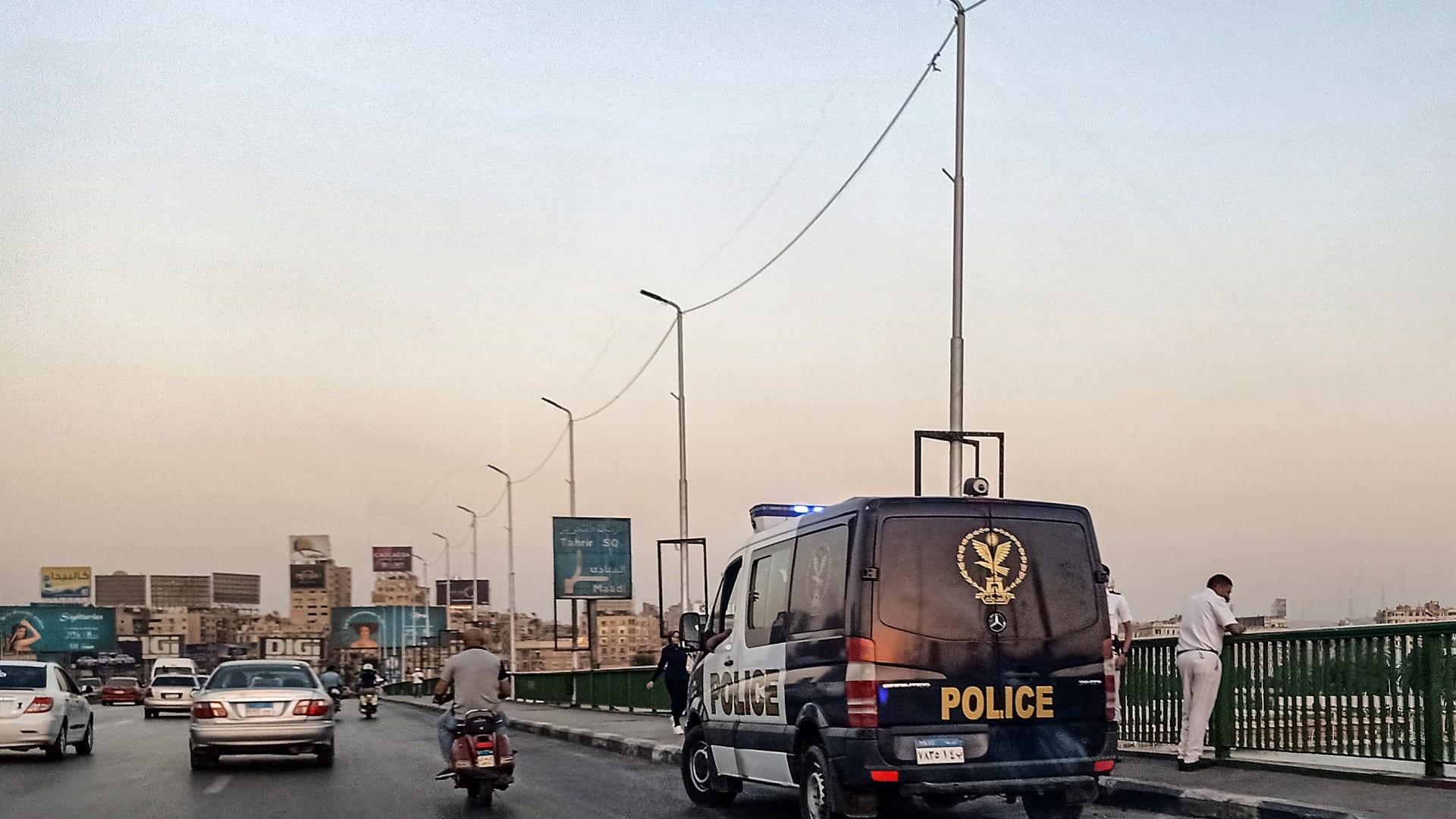 الثالث.. مصر تعتقل مدير المبادرة المصرية للحقوق الشخصية