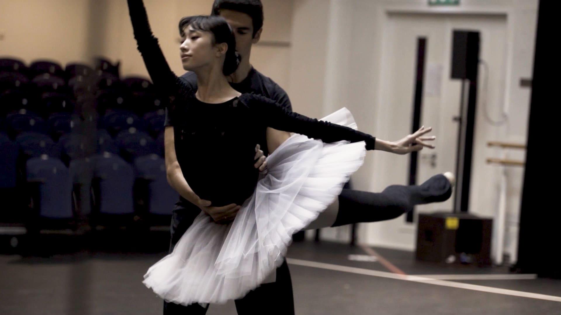 شاهد كيف تتدرب فرقة الباليه الملكية تحت الإغلاق الثاني في لندن