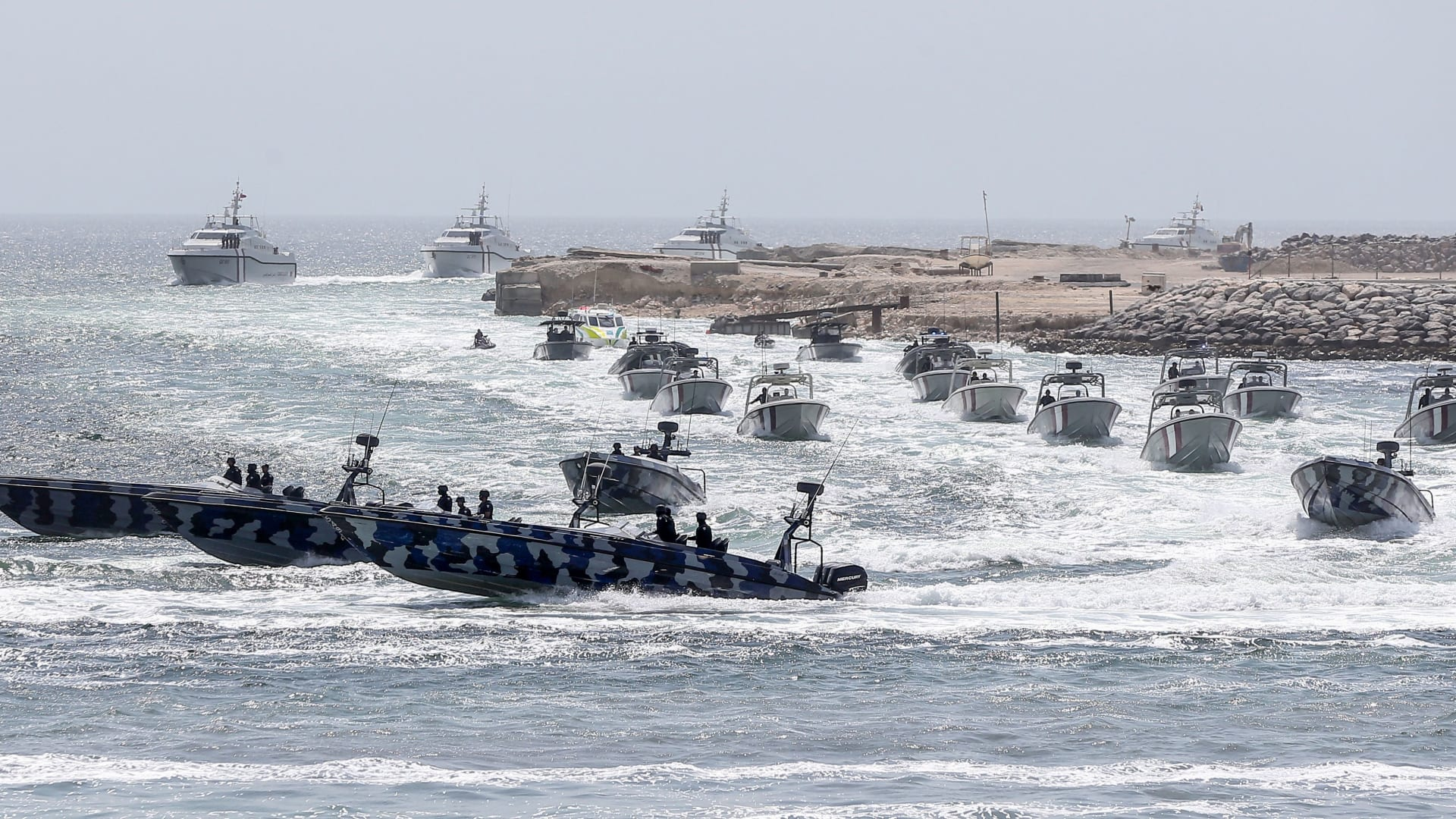صورة ارشيفية لقوارب تابعة لخفر السواحل القطري