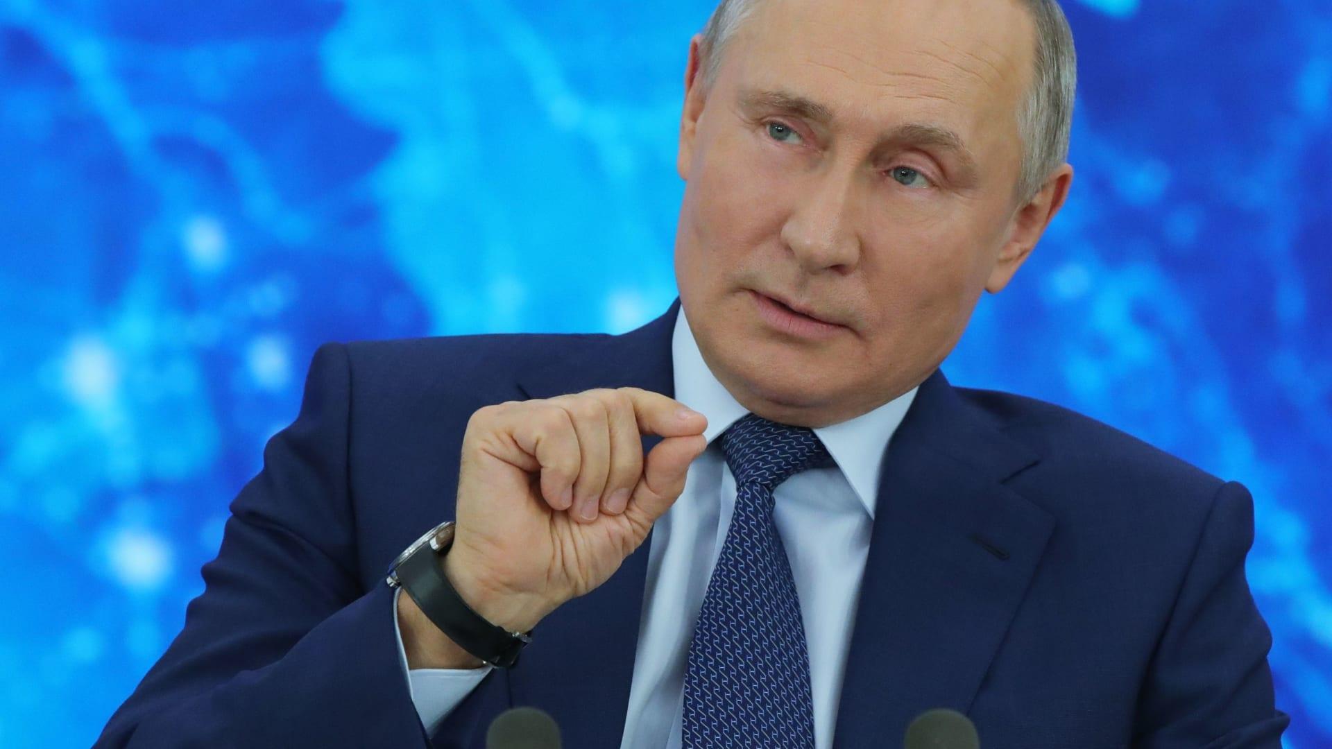 """بوتين عن تحقيق CNN-Bellingcat بشأن تسميم نافالني: """"حرب معلومات"""" تشنها الاستخبارات الأجنبية"""