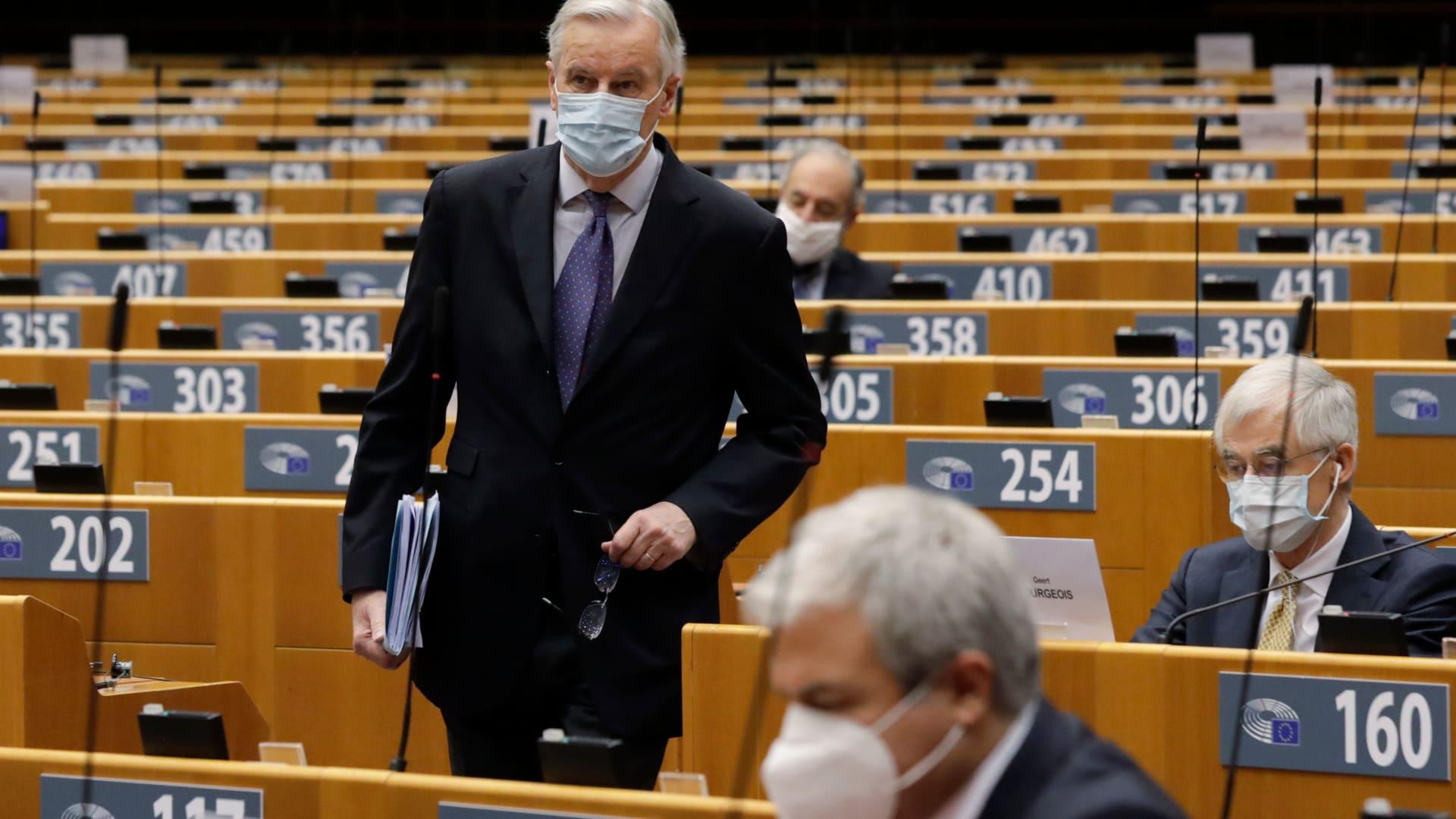 البرلمان الأوروبي يتبنى قرارًا حول وضع حقوق الإنسان في مصر.. ومجلس النواب يدين
