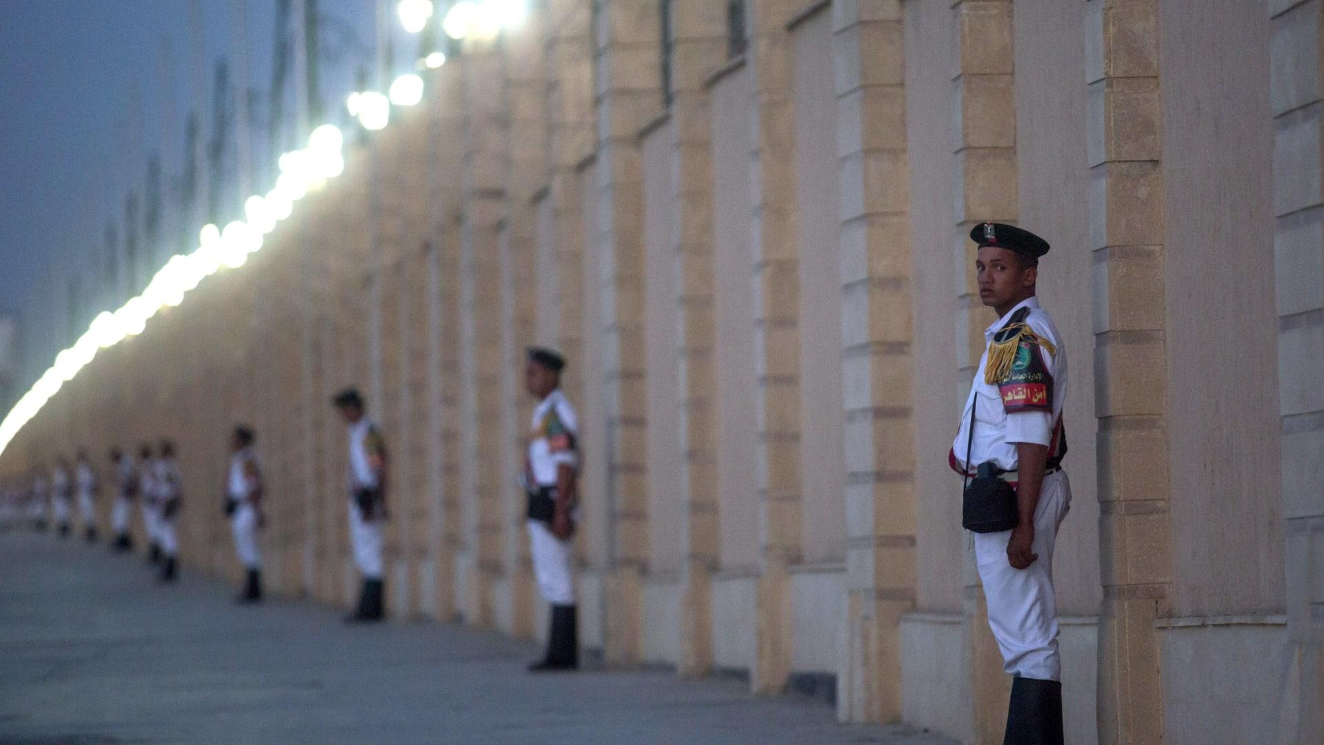 """مصر ترد على تقارير """"التعذيب الجماعي"""" في سجن العقرب: نهح الإخوان المسلمين"""