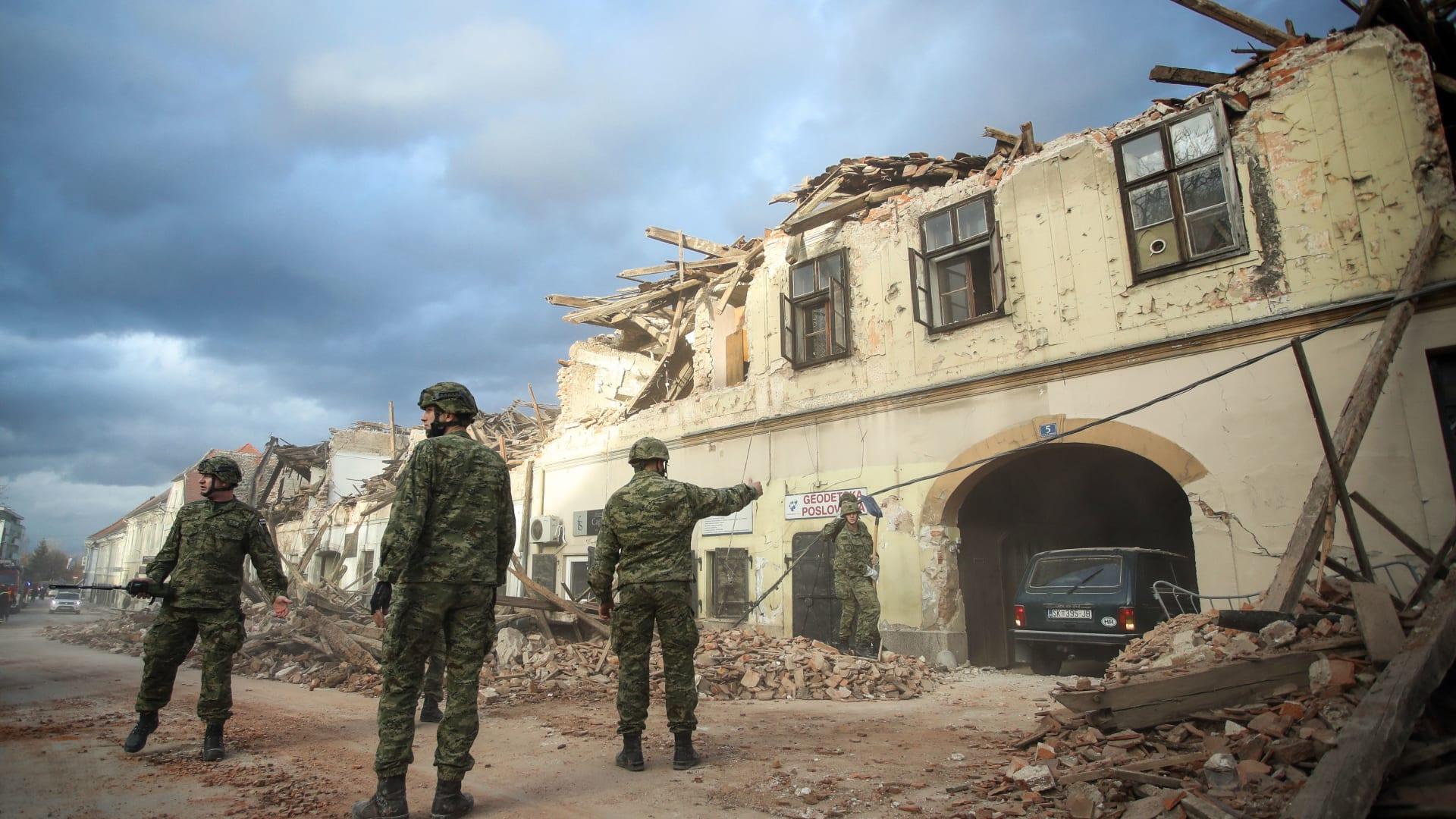"""كرواتيا تشهد """"أقوى الزلازل"""" هذا العام.. وعمليات الإنقاذ مستمرة"""