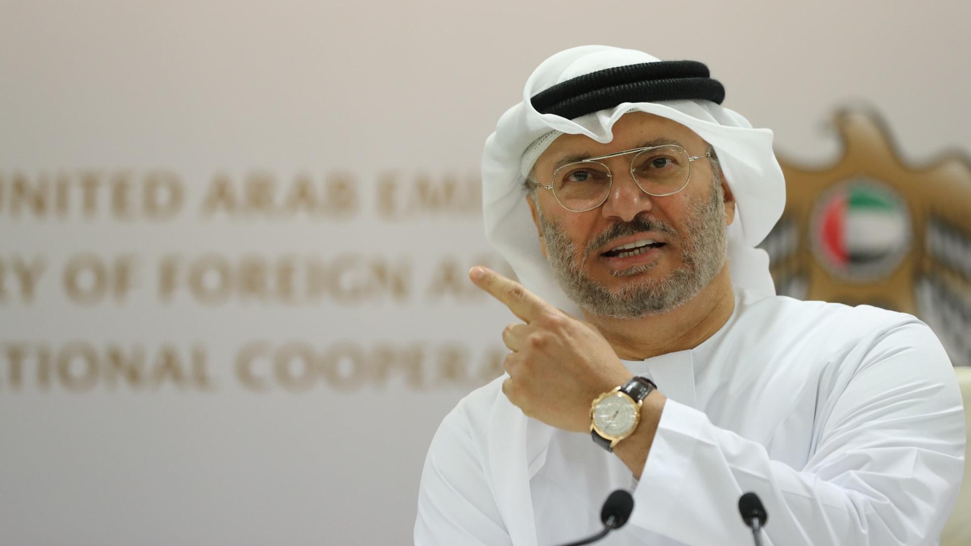 أنور قرقاش: نتوقع قمة تاريخية في السعودية نعيد من خلالها اللحمة الخليجية