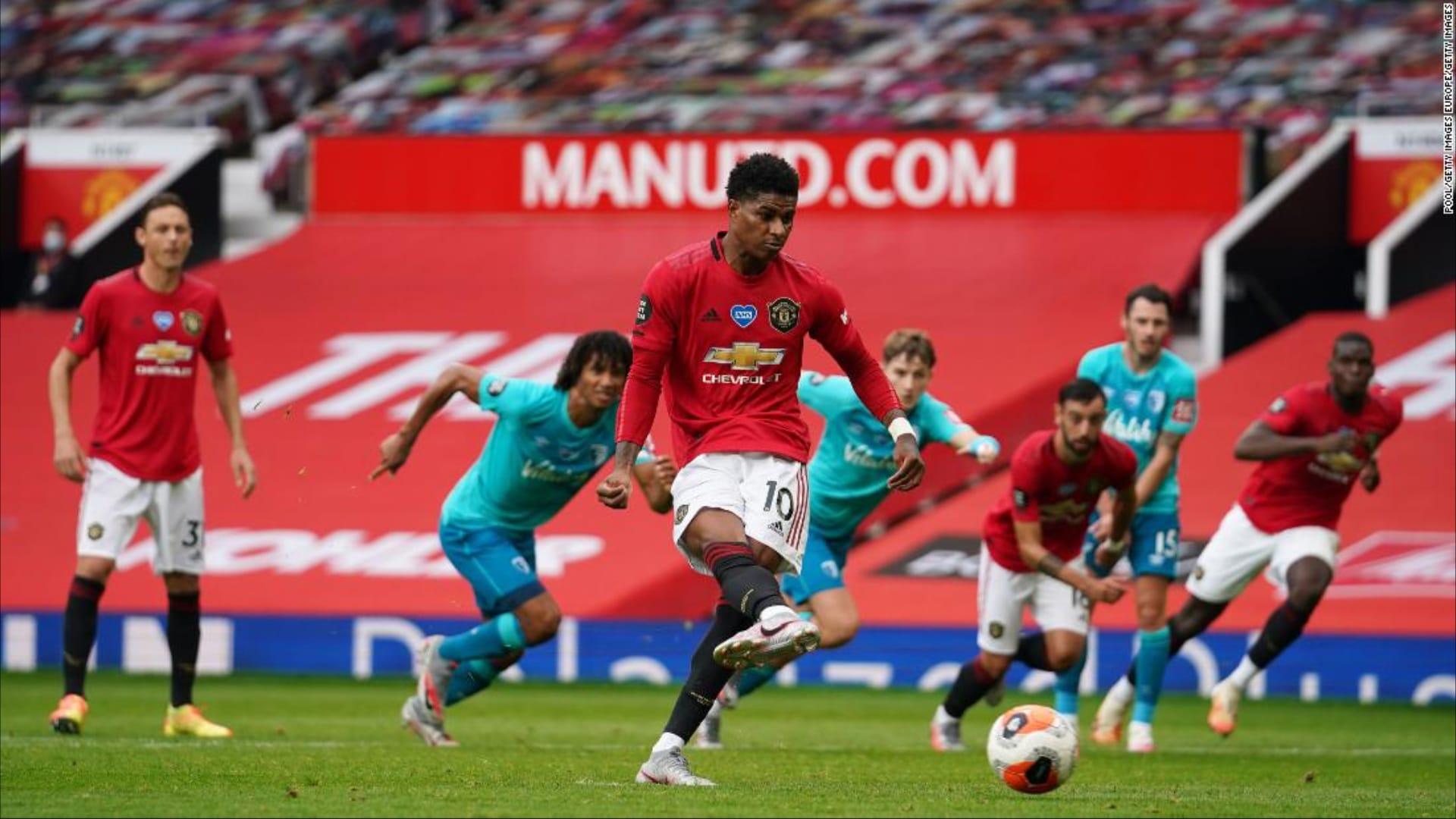مهاجم مانشستر يونايتد يدافع عن فريقه: لا نبحث عن ركلات الجزاء بل عن التسجيل