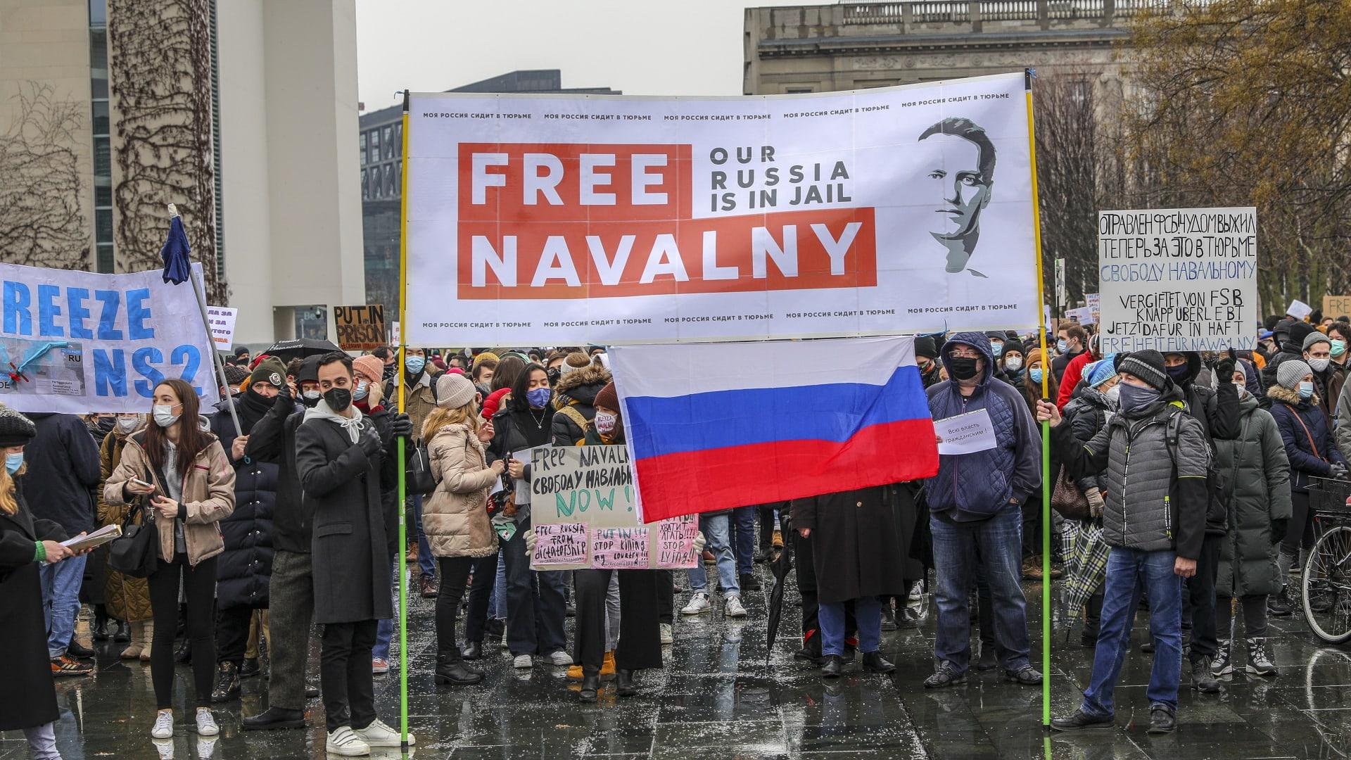 من المظاهرات المطالبة بإطلاق سراح نافالني في روسيا