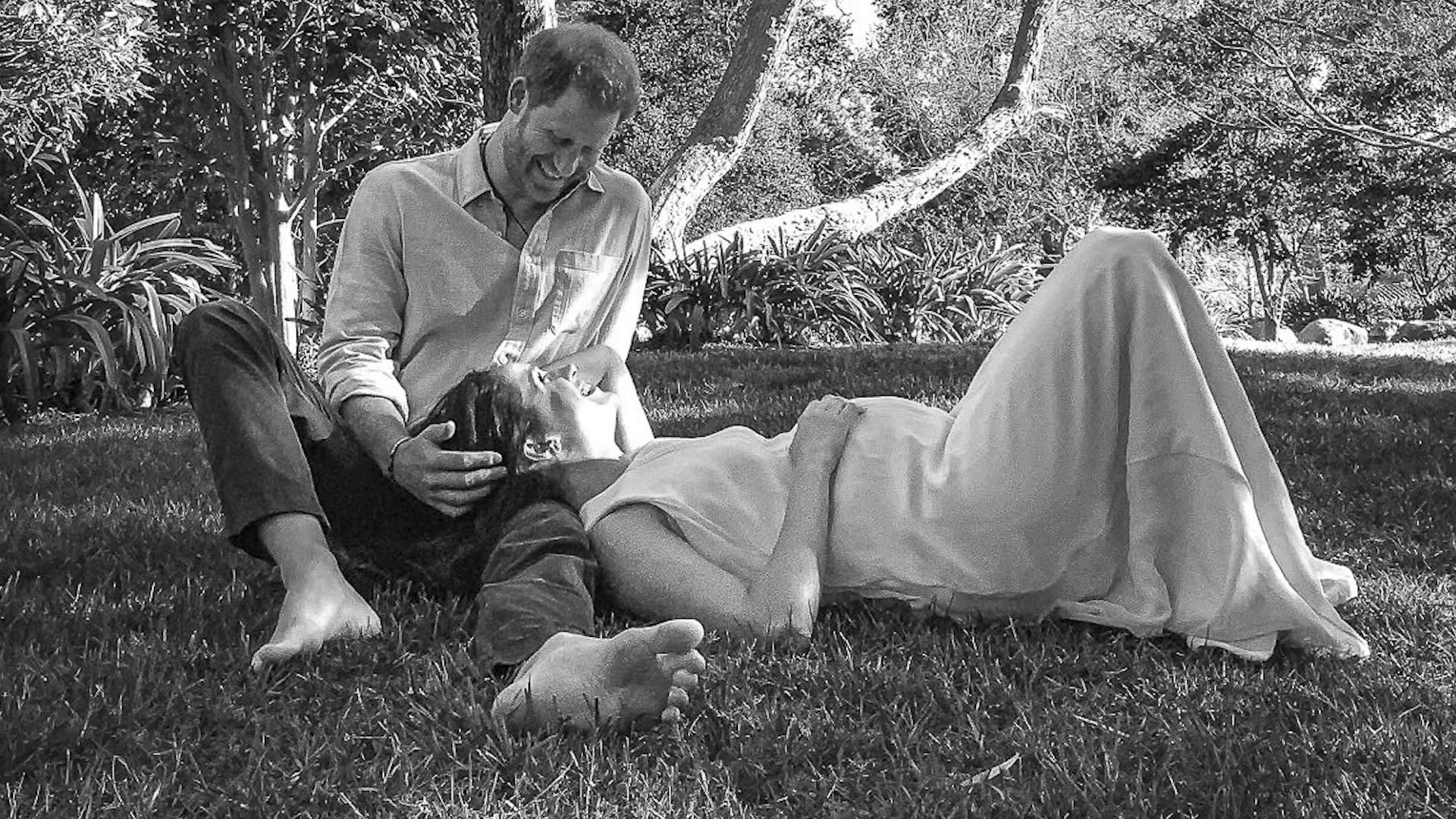 تعرف إلى تفاصيل صورة إعلان انتظار مولود الأمير هاري وميغان ماركل..من التقطها؟