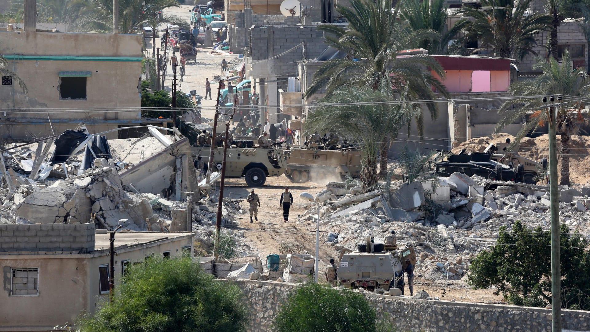 هيومن رايتس ووتش: عمليات الجيش المصري في سيناء لهدم المنازل والإخلاء القسري قد تشكل جرائم حرب