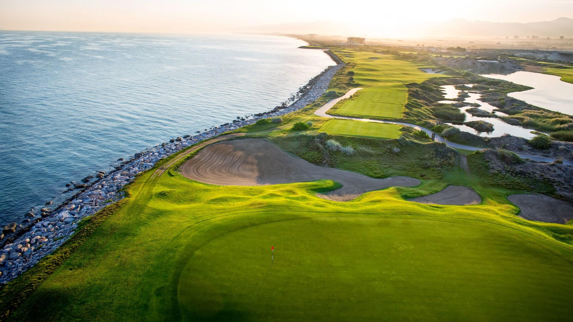 ملعب الموج للجولف