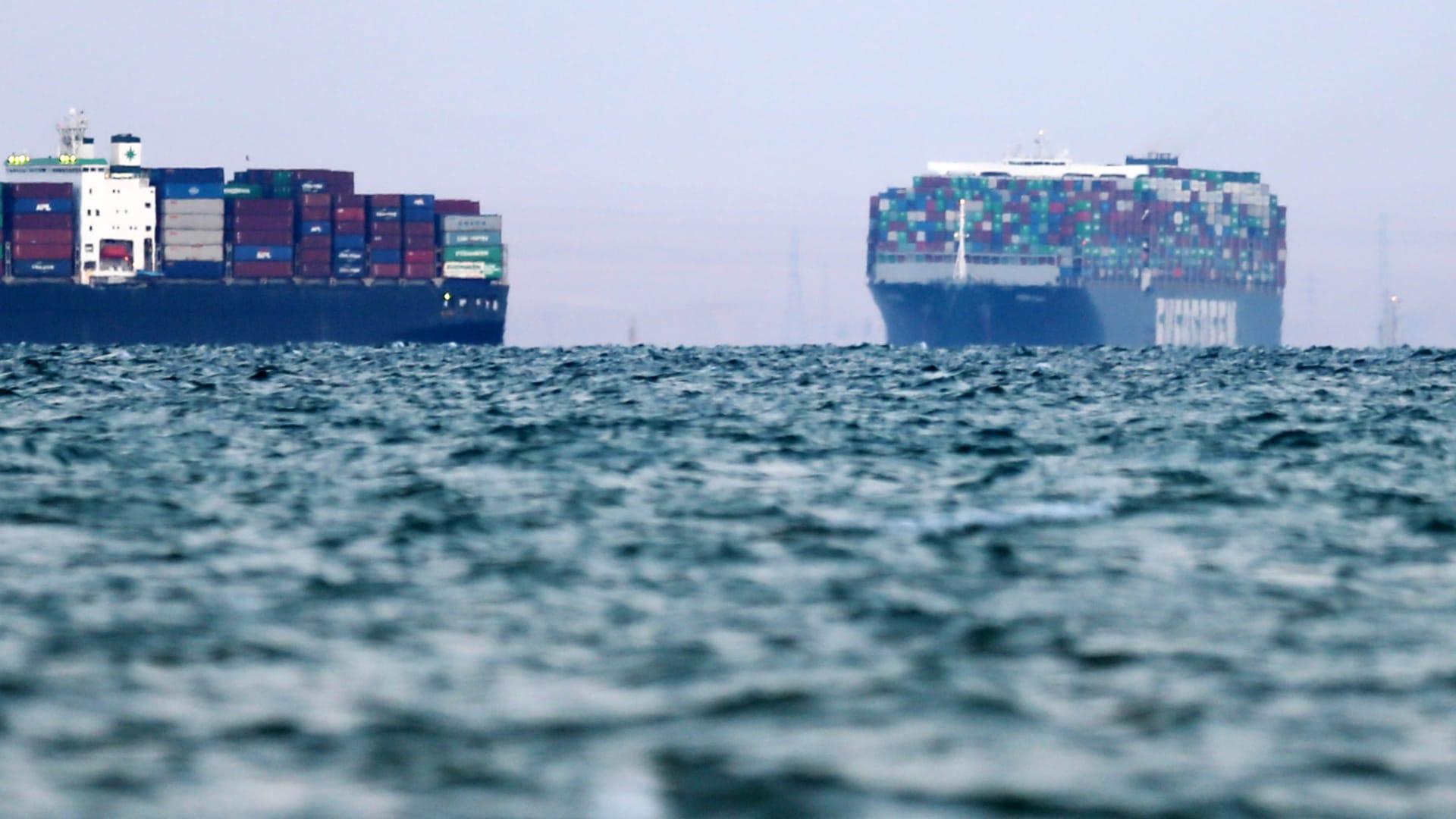 """أول تعليق من السعودية على تعويم سفينة """"إيفر غيفن"""" في قناة السويس"""
