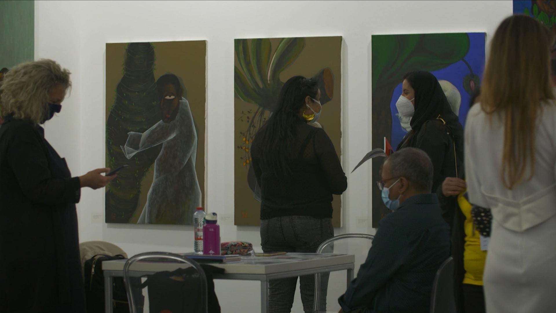 """أكبر معرض فني بالشرق الأوسط يعود.. كيف تكيف """"آرت دبي"""" بظل الجائحة؟"""