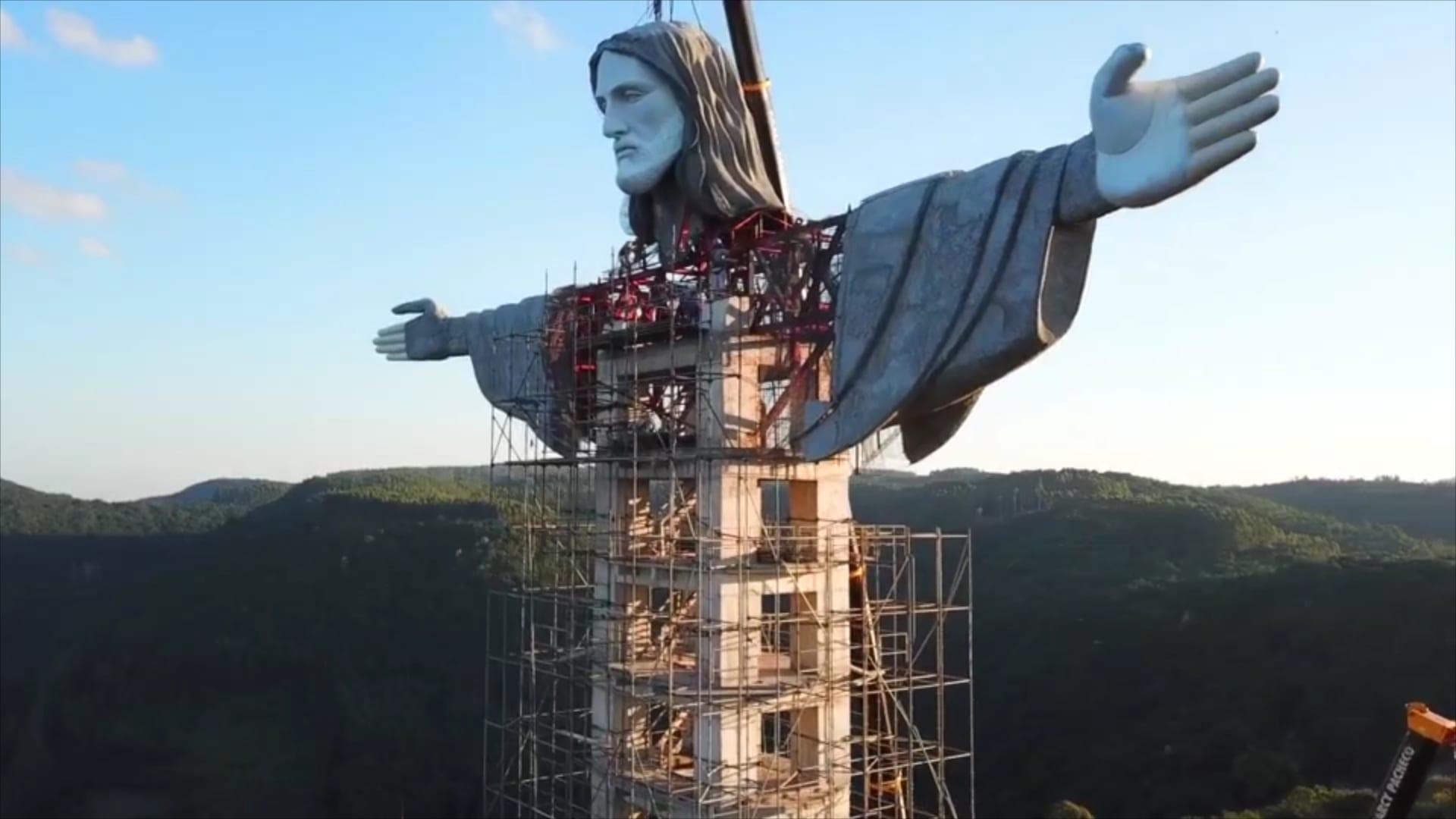 أعلى من مثيله في ريو دي جانيرو.. تمثال جديد للمسيح في البرازيل