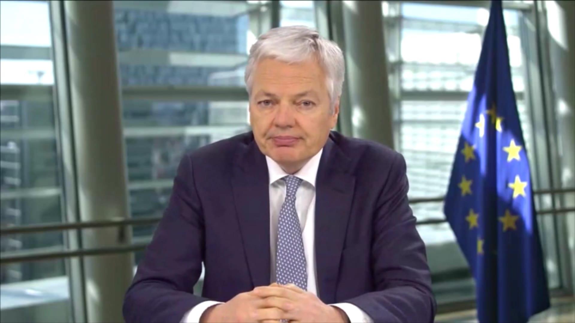 مفوض الاتحاد الأوروبي يشرح لـCNN خطط جواز سفر اللقاح الجديد.. ماذا قال؟