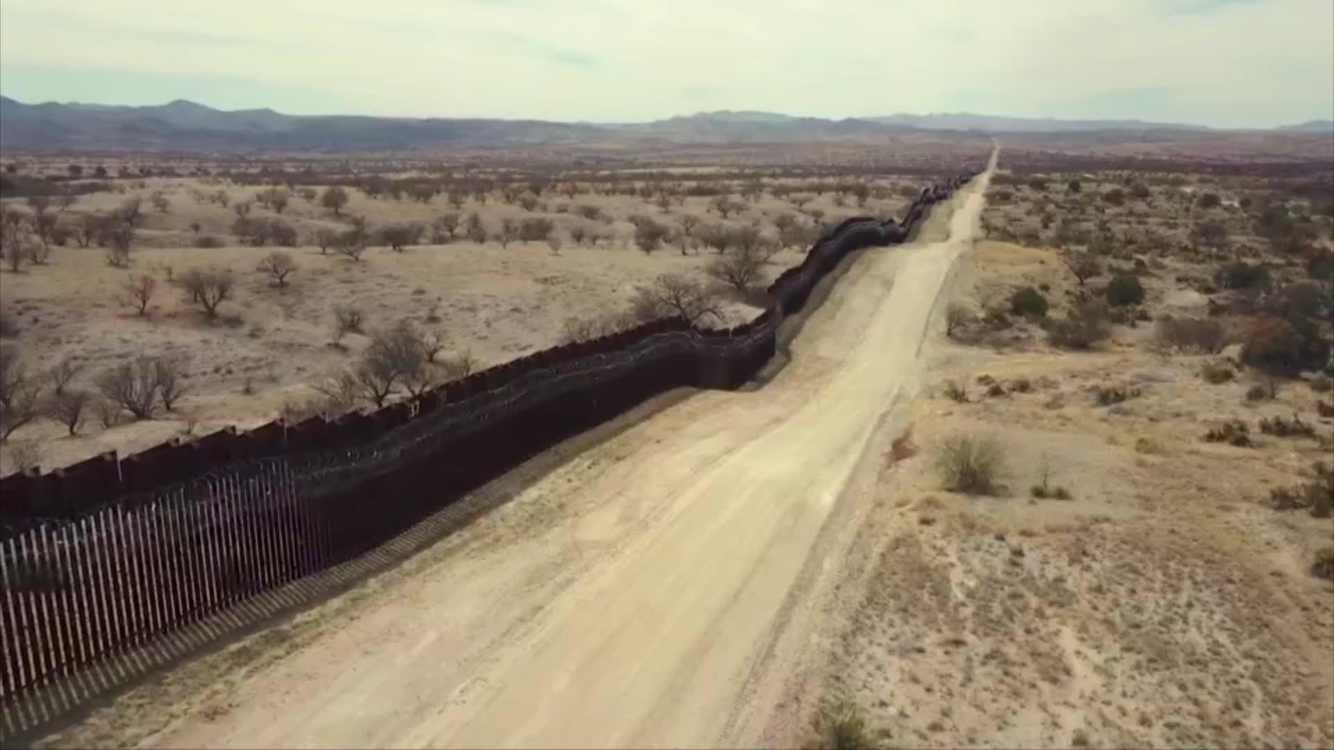 من بناء إلى منطقة أشباح.. ماذا حدث لجدار ترامب على حدود أمريكا والمكسيك؟