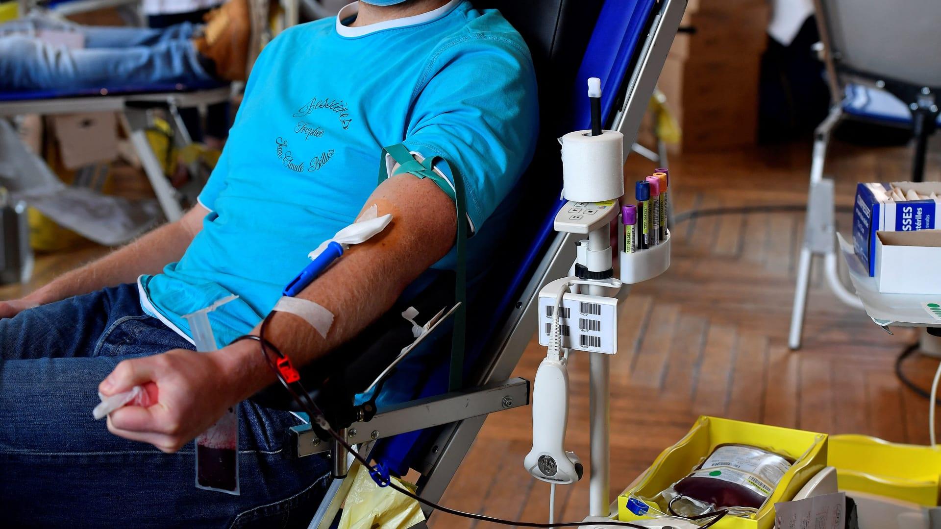 هل يضر التبرع بالدم على الصائم خلال رمضان؟ إليك الإجابة