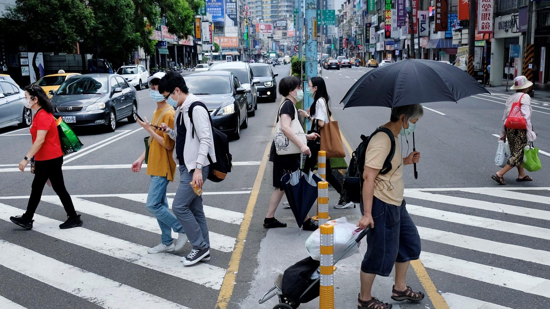 تايوان تسجل أعلى نسبة إصابات منذ بدء وباء فيروس كورونا بـ 207 حالة إصابة جديدة