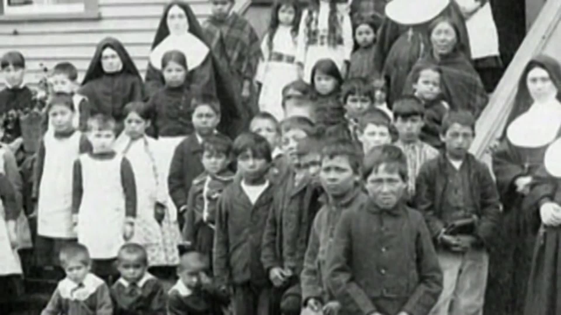 العثور على رفات 215 طفلاً أسفل مدرسة بكندا أنشئت قبل أكثر من قرن