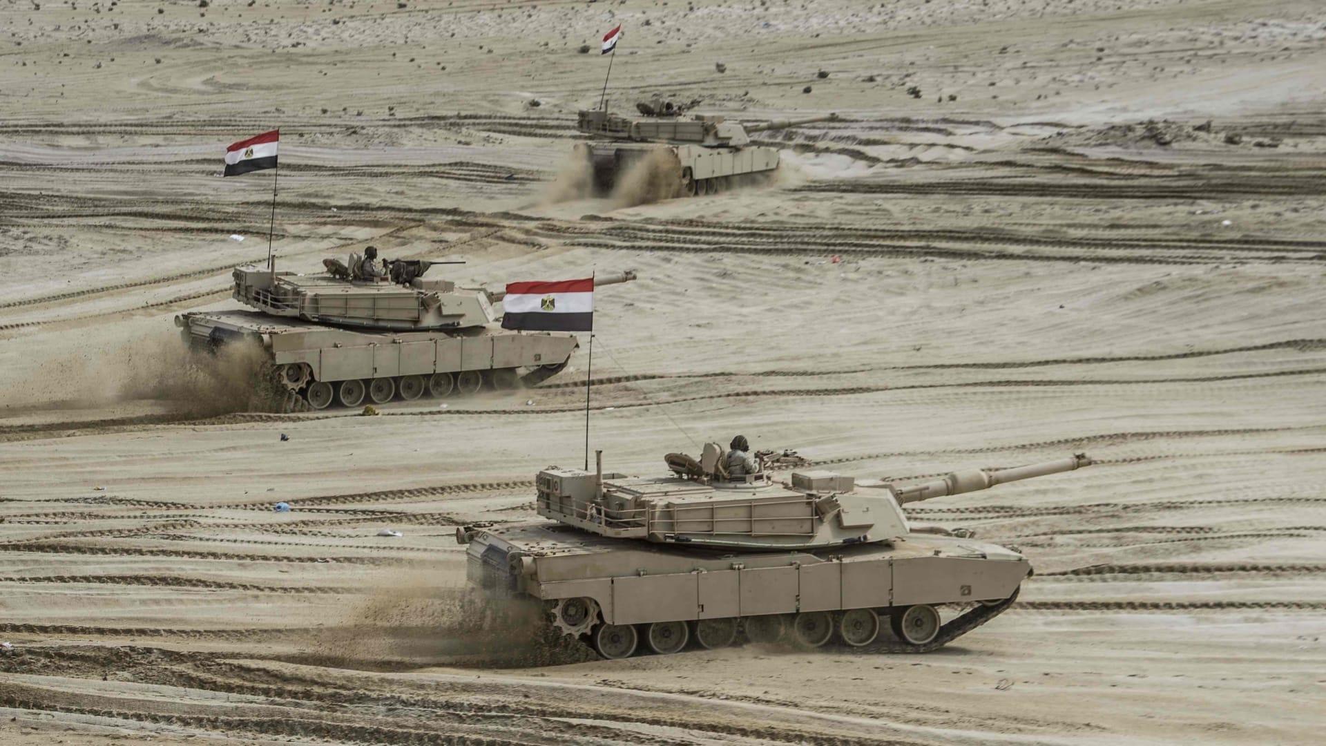 أكبر 10 جيوش بعدد الدبابات.. مركز مفاجئ لسوريا ومصر تسبق الصين