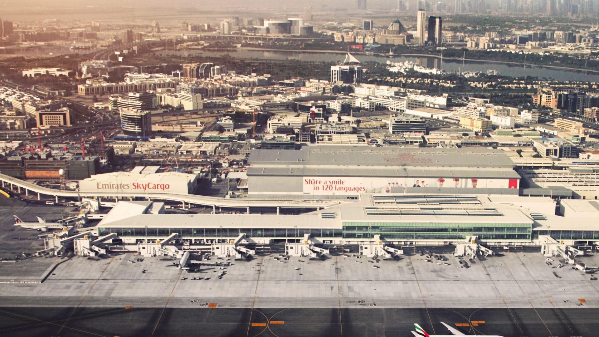 مطارات دبي تستعد لاستيعاب النمو على طلب السفر بإعادة افتتاح المبنى رقم 1