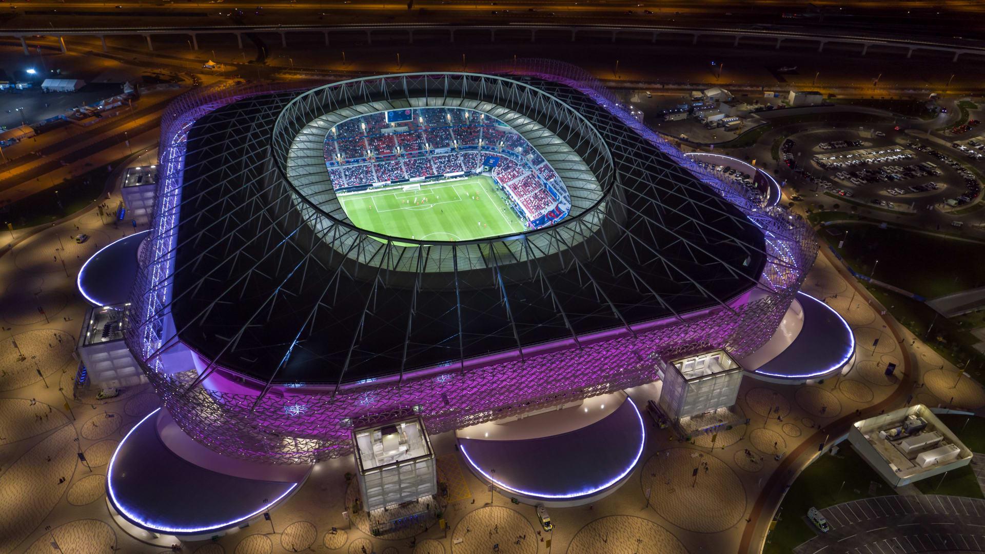 قطر تعلن عدم السماح بدخول الجماهير ملاعب كأس العالم دون تلقي لقاح كورونا