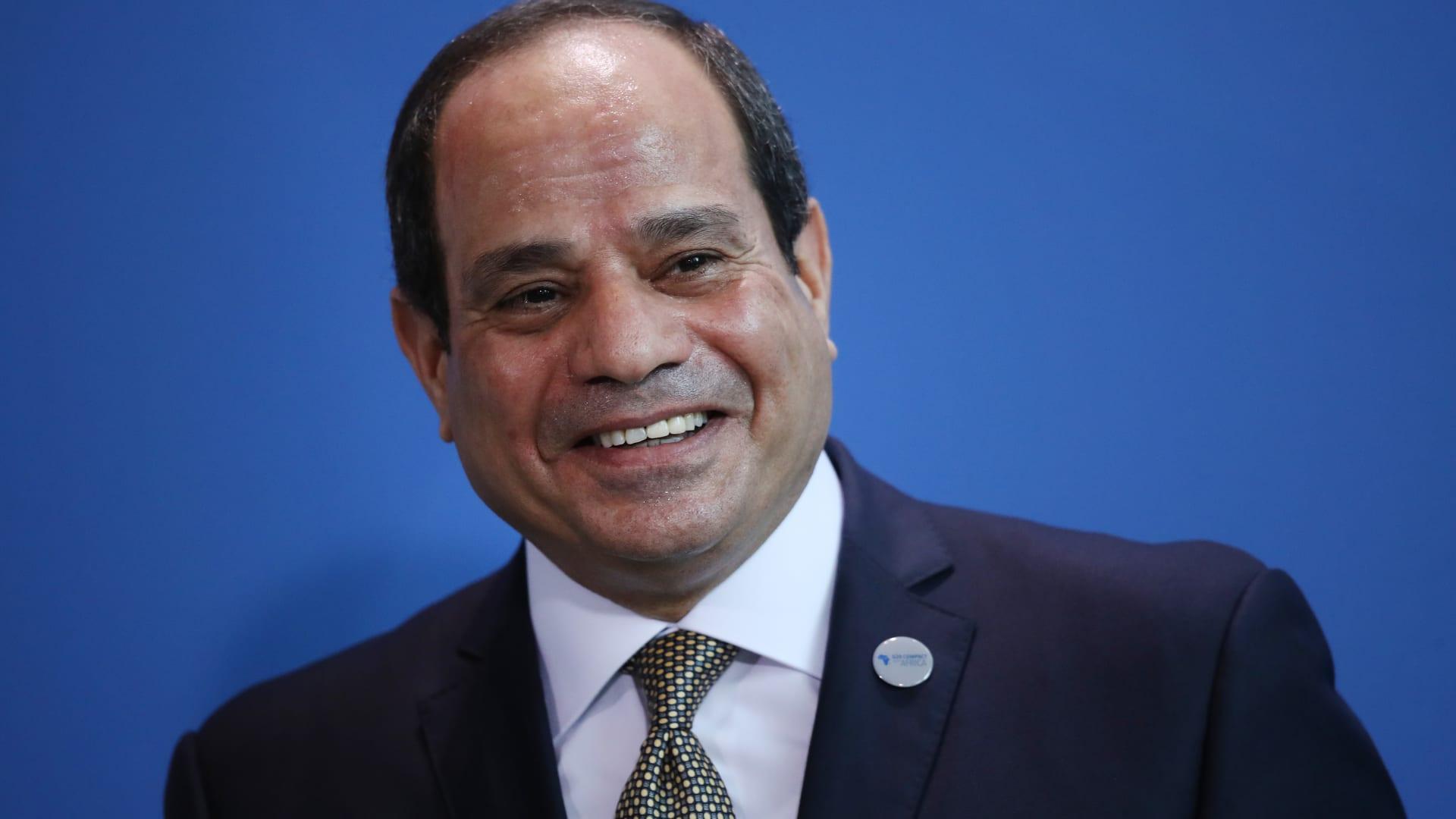 """السيسي للمصريين عن أزمة """"سد النهضة"""": هذا سبب تحركنا في مجلس الأمن.. عيشوا حياتكم وبلاش هري"""