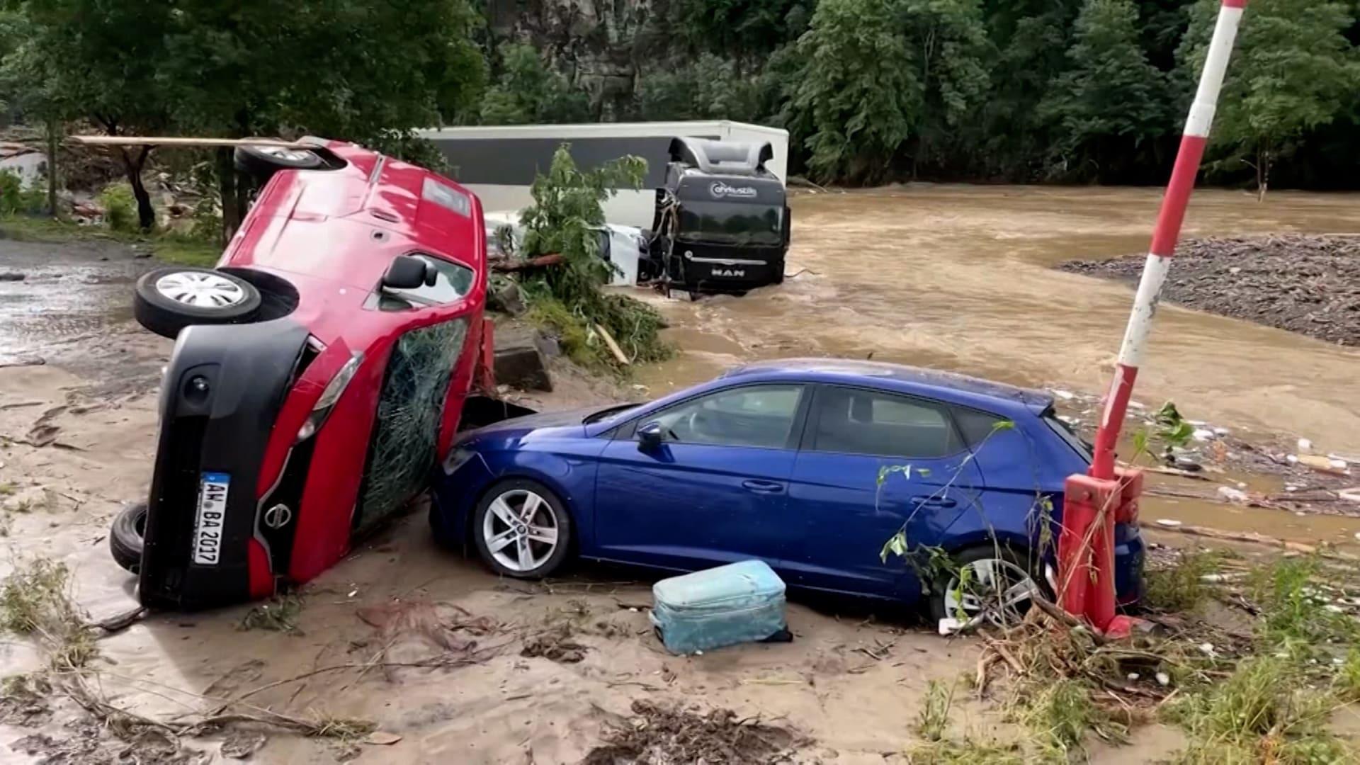 فيضانات تضرب أوروبا.. ومشاهد درامية لعمليات إنقاذ الأشخاص الذين تقطعت بهم السبل
