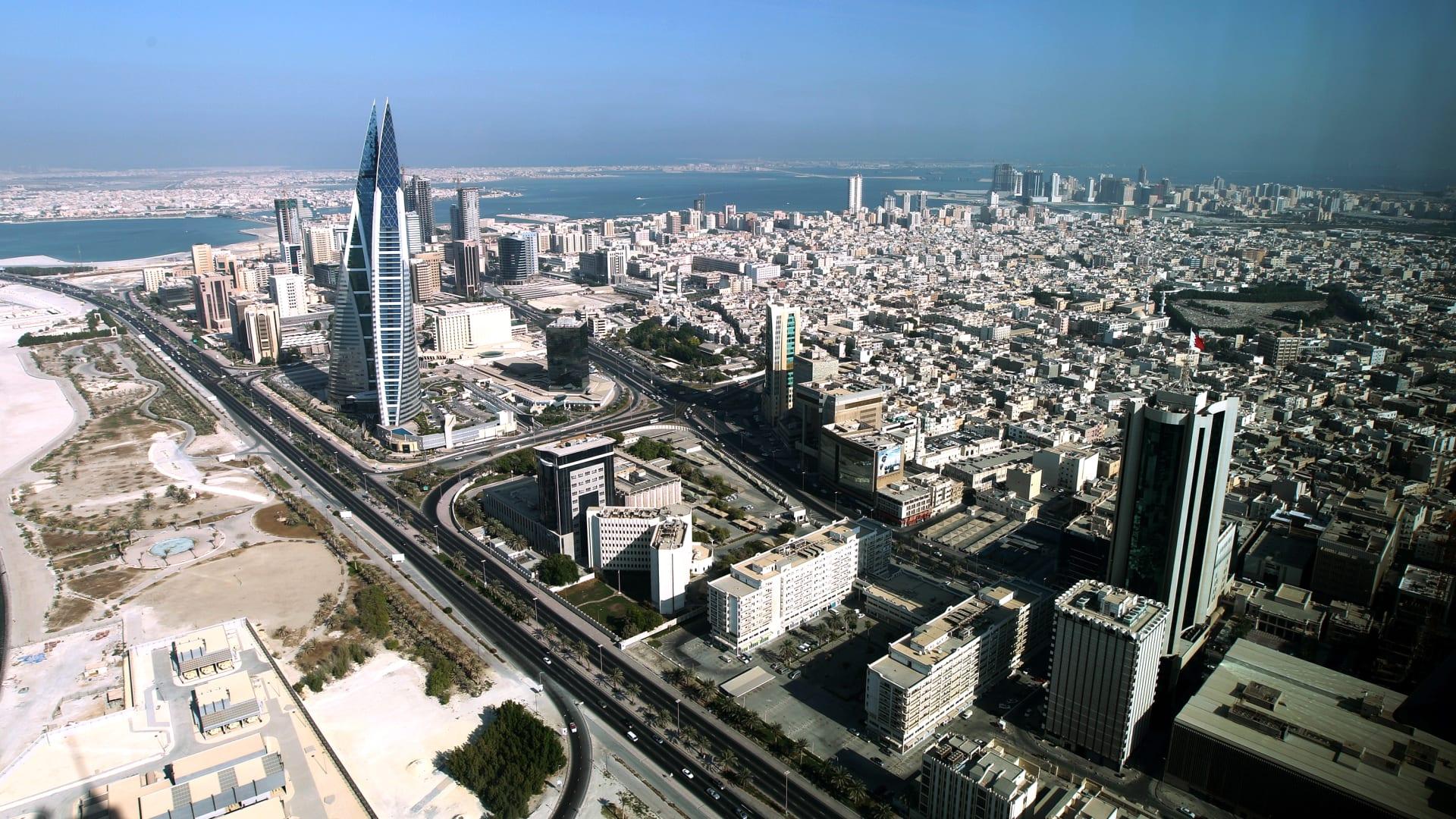 صورة أرشيفية عامة من العاصمة البحرينية المنامة العام 2010