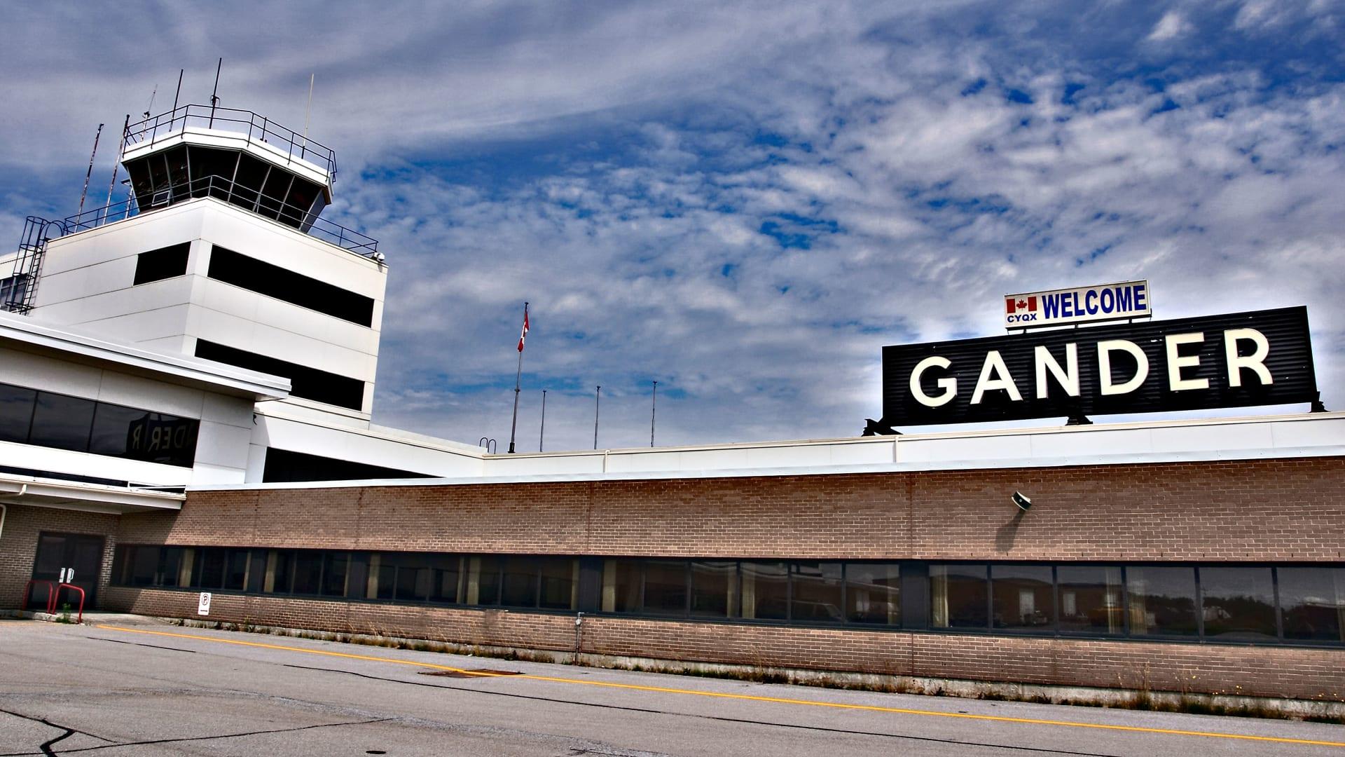 قصة ألهمت مسرحية في برودواي.. قام هذا المطار الكندي بإيواء 7 آلاف شخص خلال أحداث 11 سبتمبر