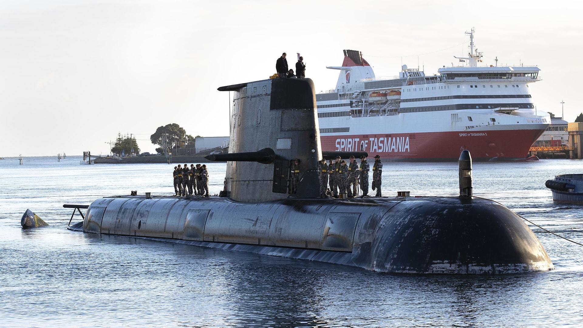غواصة البحرية الملكية الأسترالية HMAS Sheean في ديفونبورت - 22 أبريل 2021