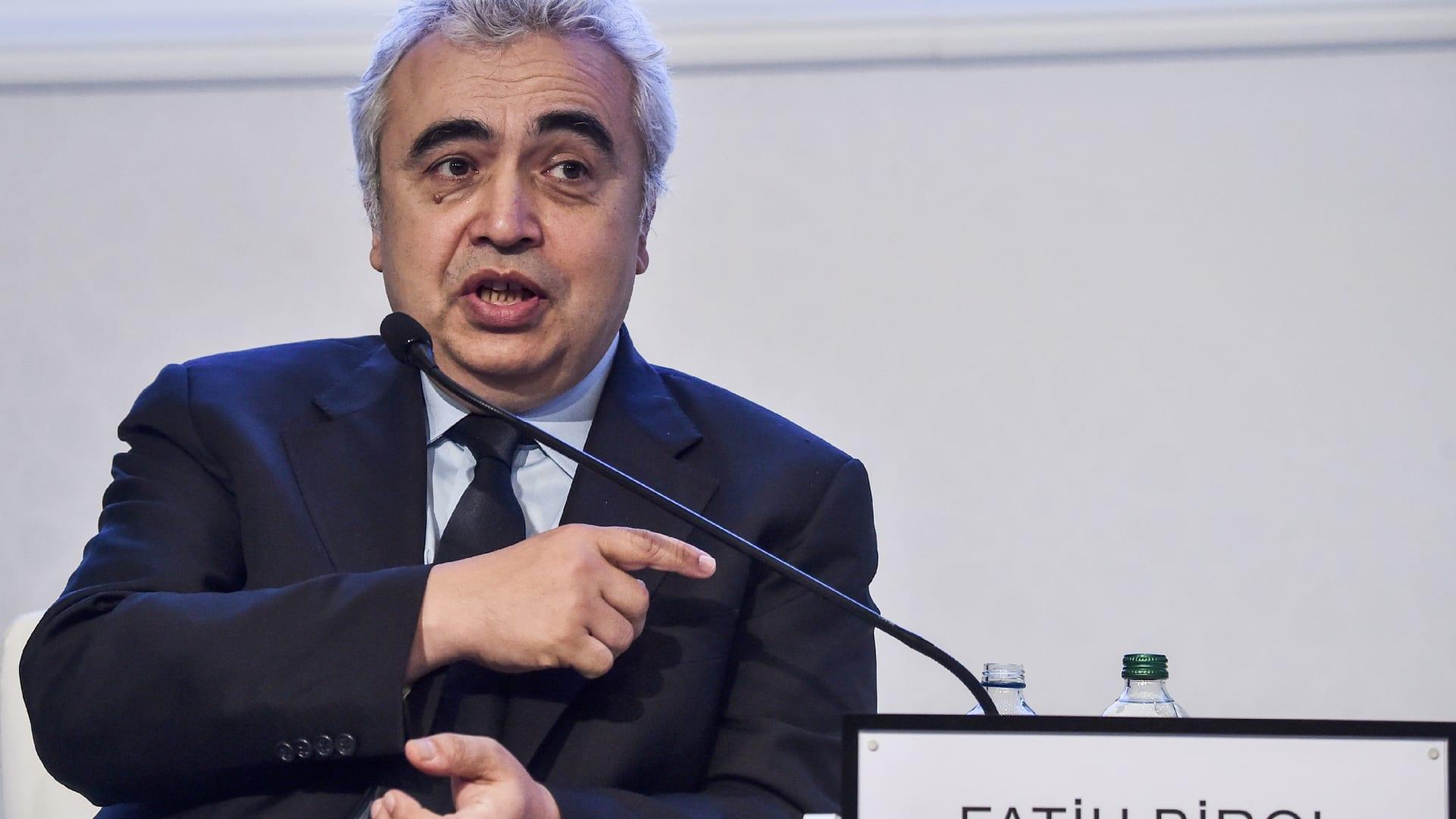 فاتح بيرول مدير وكالة الطاقة الدولية في مؤتمر