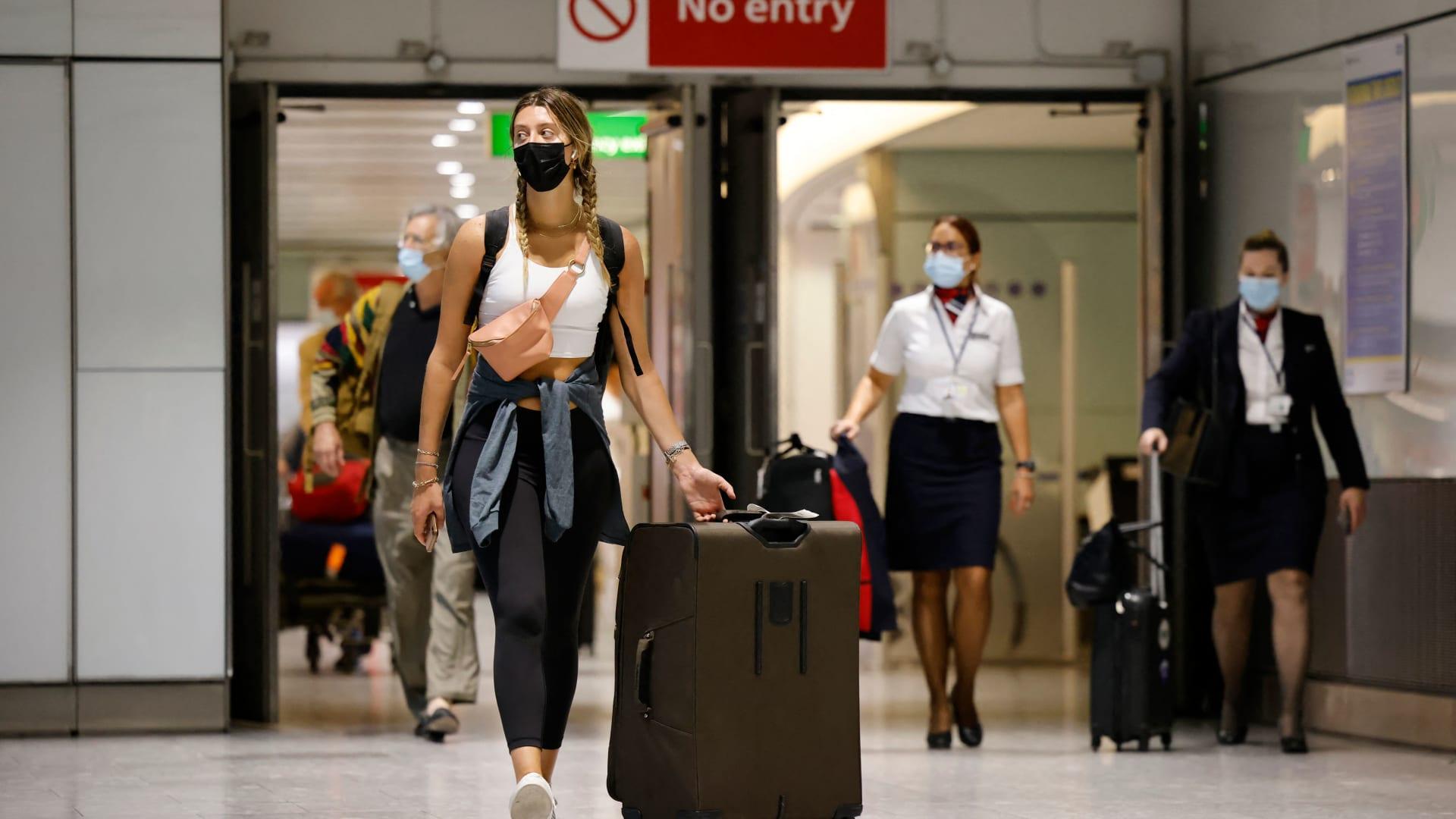 منها الكويت.. مجلس الاتحاد الأوروبي يضيف 3 دول لقائمة السفر الآمن