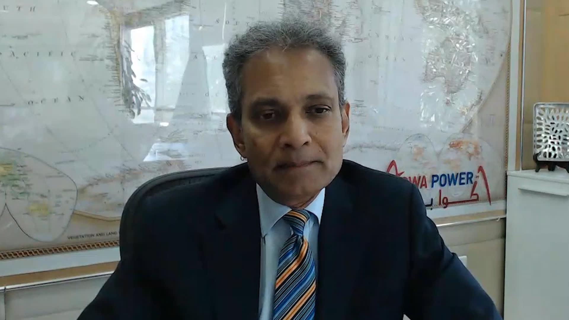 بادي بادماناثان، الرئيس التنفيذي لشركة أكوا باور في مكتبه بالرياض