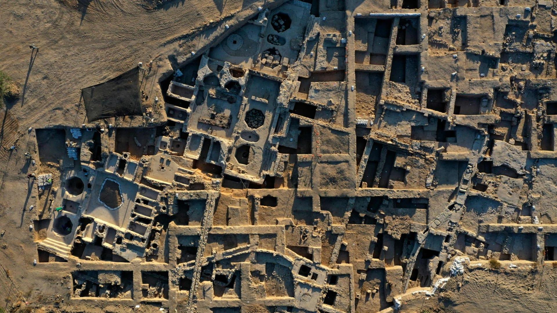 عمره 1500 عام..اكتشاف أكبر مصنع نبيذ بيزنطي في العالم في إسرائيل
