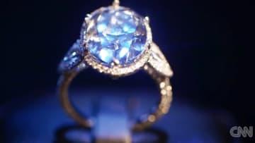 كيف حاول لصوص سرقة حجر ثمين يقدر سعره بـ 31.8 مليون دولار؟
