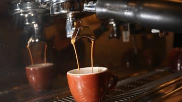 قد تصلك القهوة مع تحذير من السرطان!