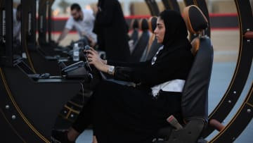 هكذا حضرت السعوديات أنفسهن لقيادة السيارات