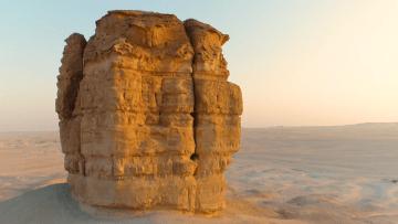 """اكتشف """"كعكة الصحراء"""" في السعودية"""