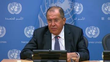 لافروف: بدأ تسليم نظام S-300 الروسي إلى سوريا
