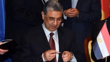 شاكر لـCNN: تنفيذ الربط الكهربائي بين مصر والسعودية في 2019