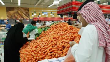اقتصاد السعودية 2018.. من القيمة المضافة لبدل غلاء المعيشة