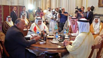"""يرى بومبيو أنها """"طالت"""".. ما تأثير المقاطعة على قطر"""