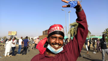 مظاهرات السودان.. بين أمل التغيير ومخاوف ما سيترتب على الفشل