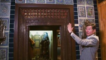 متحف أخفي خلف ألواح من الخشب في الكويت.. إليكم السبب؟